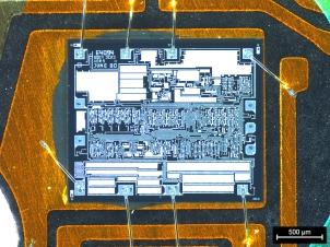 Circuit intégré de montre à quartz