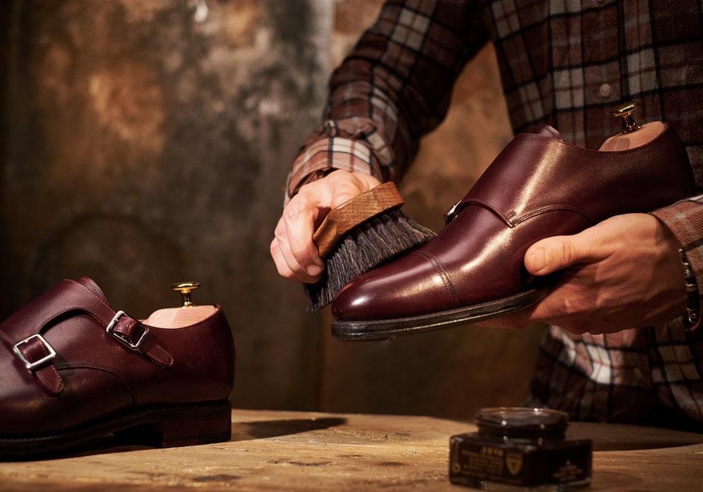 Entretien de chaussures